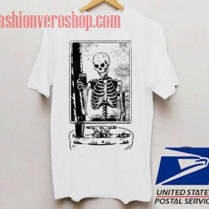 Skeleton Taking A Selfie Cartoon Unisex adult T shirt