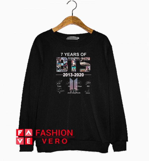 7 years of BTS logo 2013 2020 signatures Sweatshirt